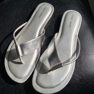 EUC silver Leather thongs